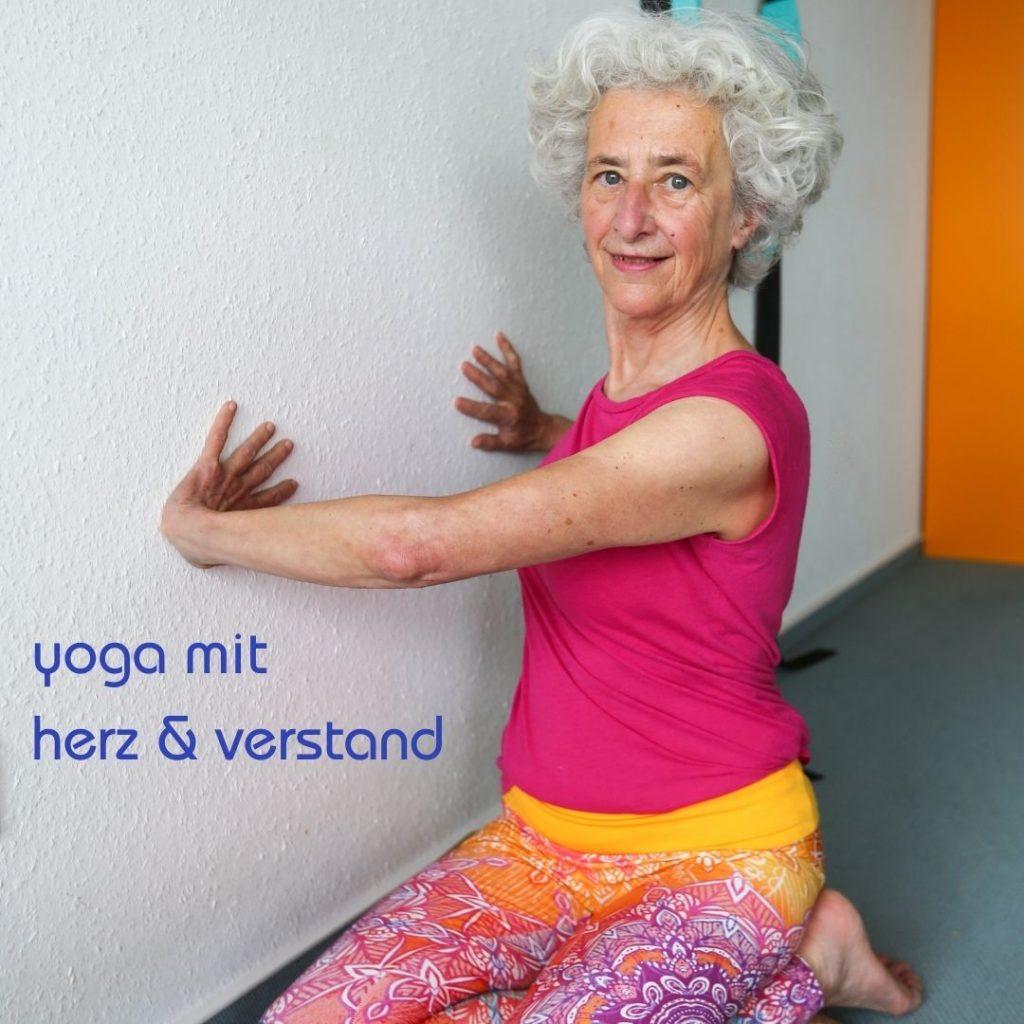 yoga mit herz und verstand